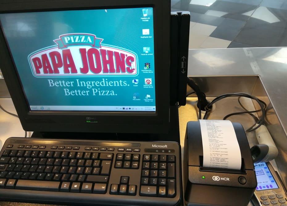 Exitosa instalacion de la tiquetera en Papa Jonhs