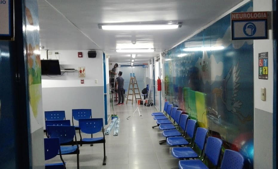 Instalacion de camaras para vigilancia pasillo del hospital Primavera trujillo