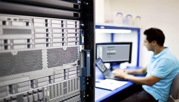 Configuración de servidores en datacenter