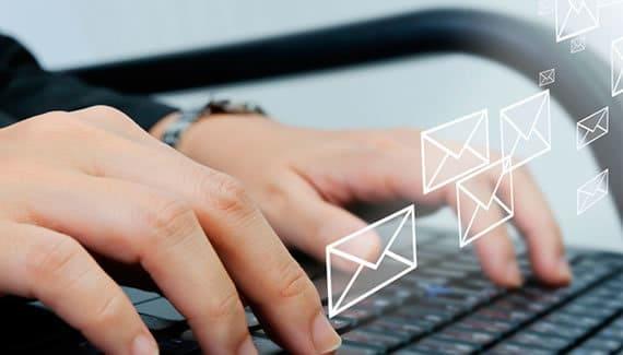 Gestión de correos corporativos